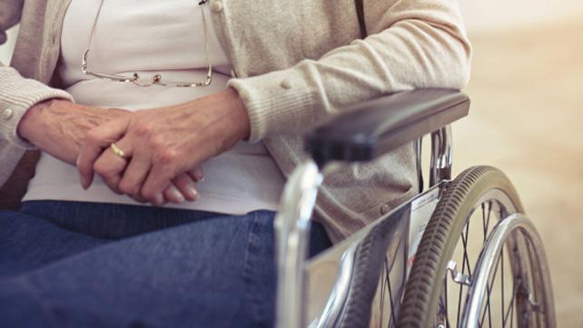 Kaip bendrauti su sergančiuoju Parkinsono liga?