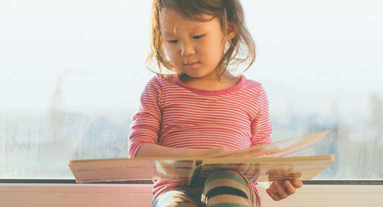 Tips and Tricks for Teaching Your Child to Read
