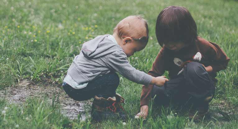 9 Reasons Your Kids Should Play in the Dirt More