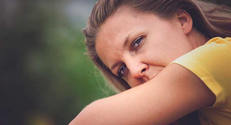 Postpartum Psychosis: Symptoms, Diagnosis, Treatment