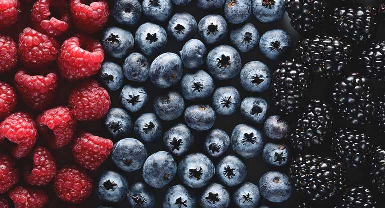 What's in Season? 12 Anti-Inflammatory Foods to Help Manage Rheumatoid Arthritis (RA)