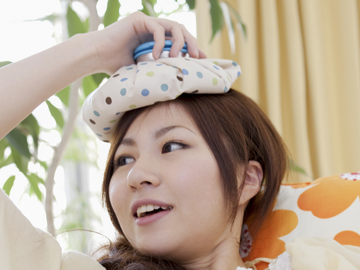 56852707cd5 Ice Packs for Headaches  How It Works and How to Use It